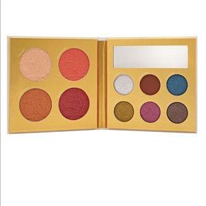 NIB PUR Cosmetics Palette